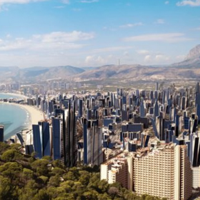 Sun city – Benidorm por Rob Carter