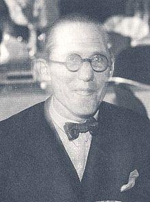 220px-Le_Corbusier_1933