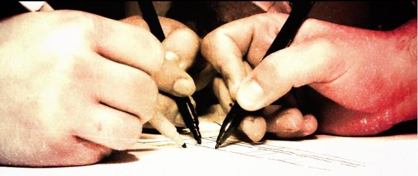 tres manos pedacicos