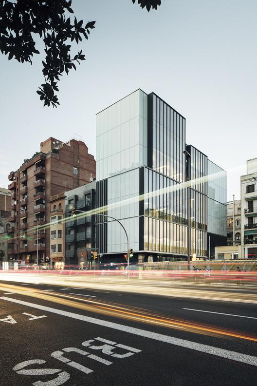 Nueva Sede del Colegio de Economistas de Cataluña - Roldán+Berengué