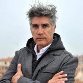 Parecidos razonables: AlejandroAravena
